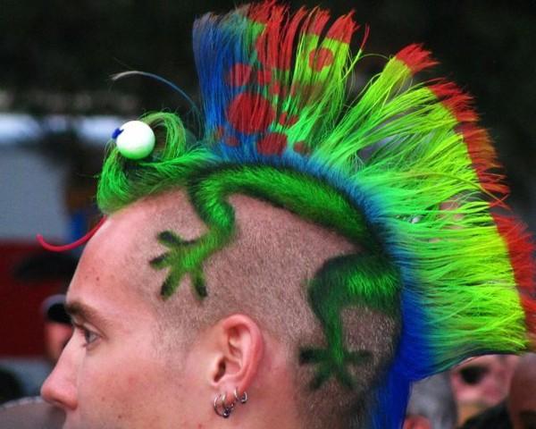 coupe de cheveux effilé avec frange
